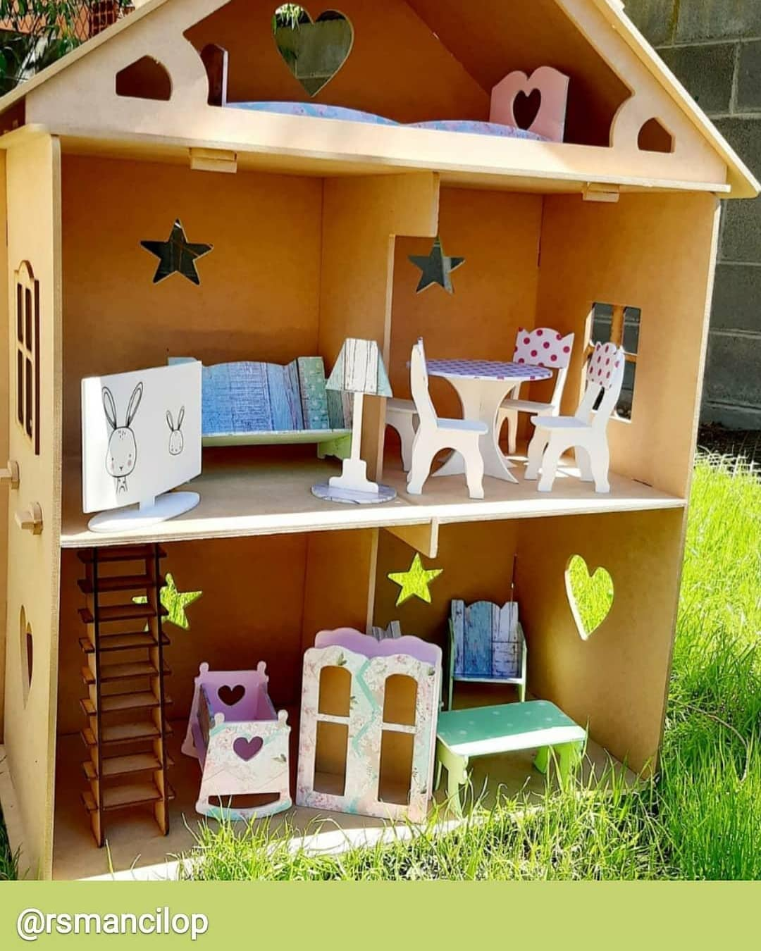 Muebles casas de muñecas